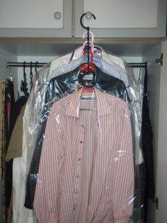 hongkiat wardrobe,mens dress shirt
