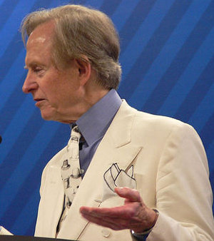 tom_wolfe, high collar, long neck, tall men